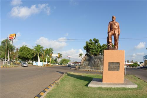 monumento_juan_maldonado_tetabiate_ciudad_sonora_mexico
