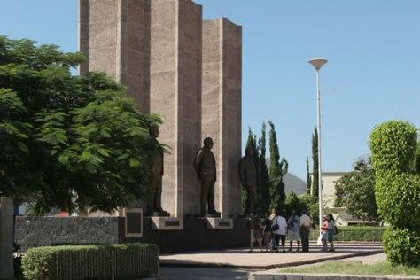 Plaza de los Tres Presidentes
