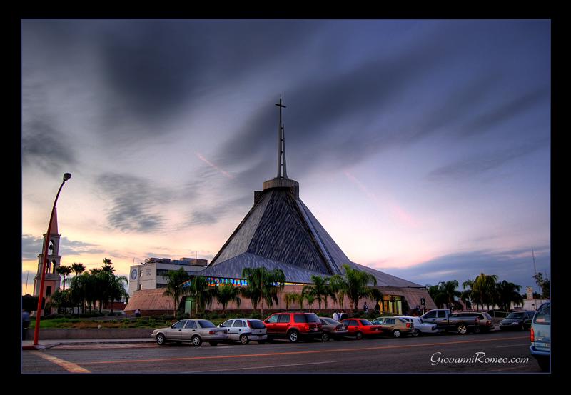 Resultado de imagen para foto de la catedral de ciudad obregon